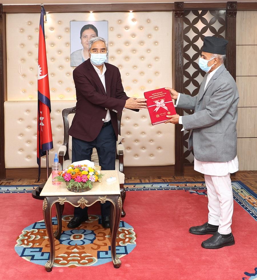 सरकारी कामकाजके भाषाके लाग सुदूरपश्चिम ओ लुम्बिनी प्रदेशमे थारु भाषा सिफारिस